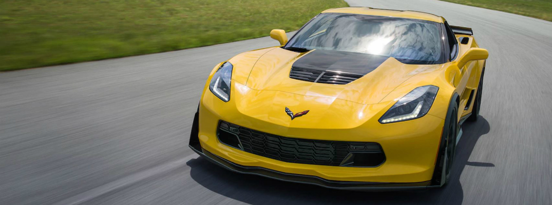 Features and Performance of the 2017 Chevrolet Corvette Z06 Racing