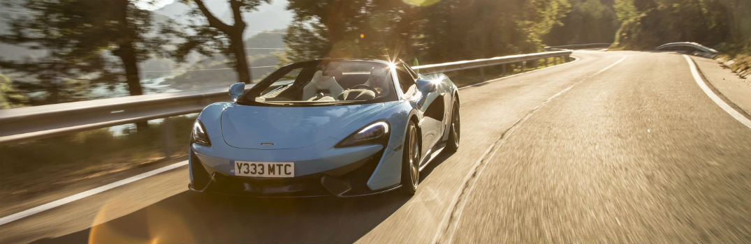 McLaren 570S Spider Performance Specs & Features_o