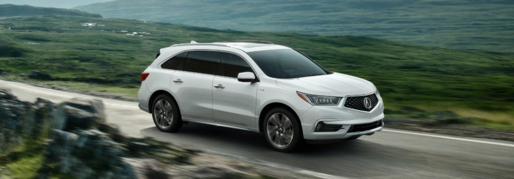 How much HP and torque does the 2017 MDX Sport Hybrid produce?