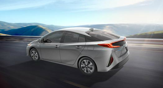 2017 toyota prius prime fuel economy and release date. Black Bedroom Furniture Sets. Home Design Ideas