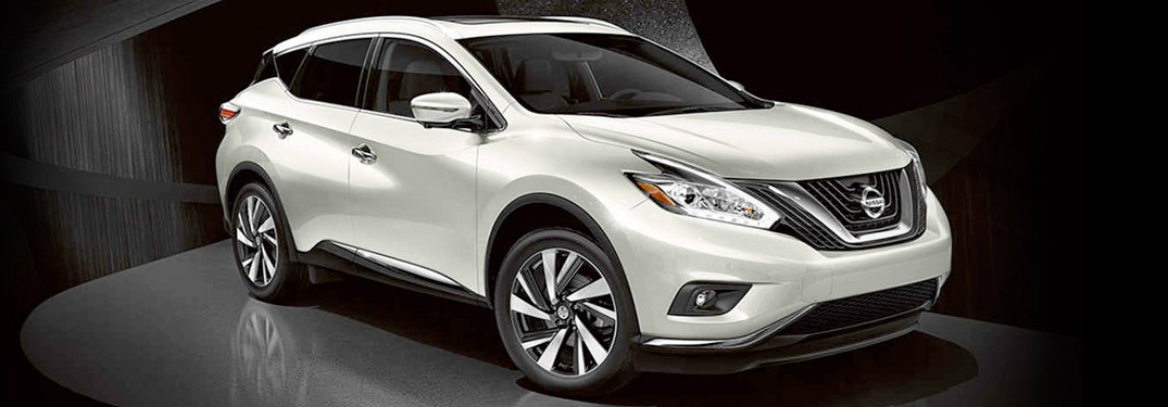 white 2017 Nissan Murano exterior front side