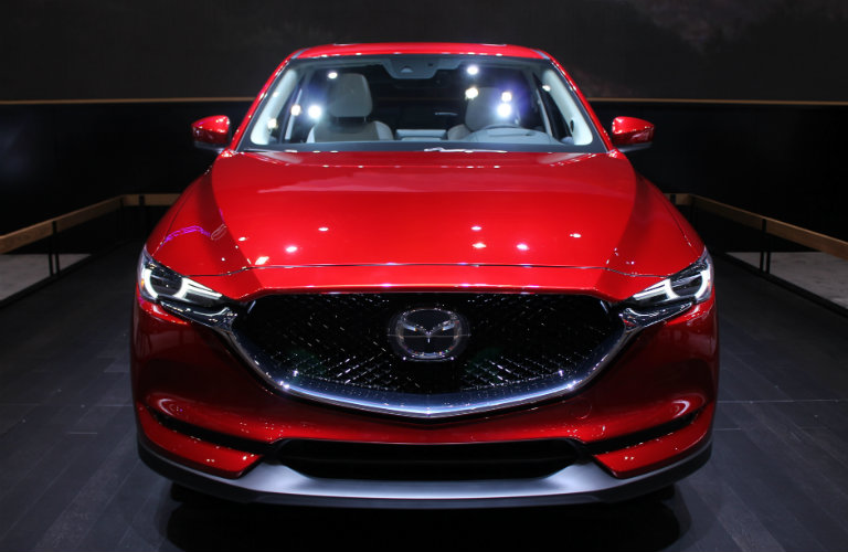 2017 mazda cx 5 pictures at 2017 chicago auto show. Black Bedroom Furniture Sets. Home Design Ideas