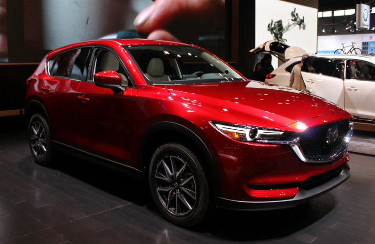 2017 Mazda CX-5 Chicago Auto Show right side profile