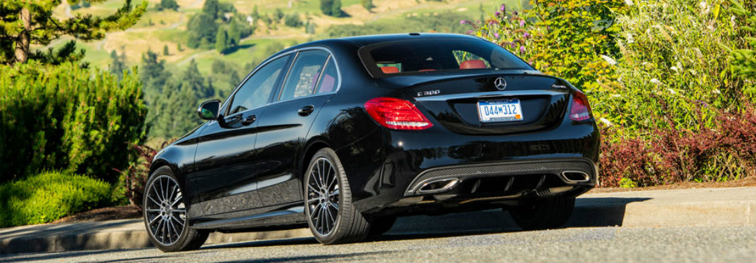 What Colors Does the 2017 Mercedes-Benz C-Class Come in?