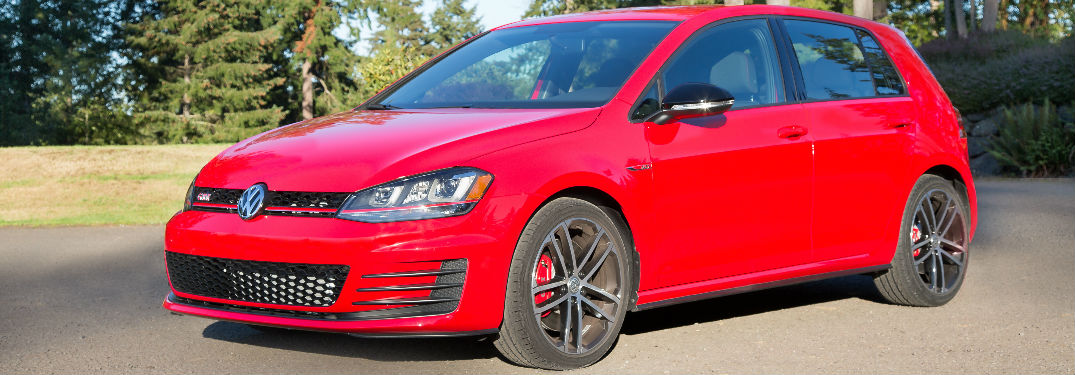which 2017 vw golf gti models come with the performance package. Black Bedroom Furniture Sets. Home Design Ideas