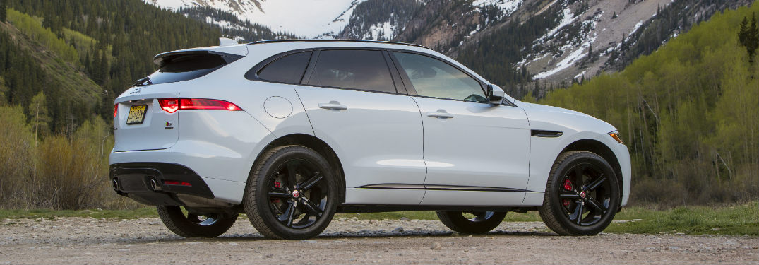 2018 Jaguar F-PACE new four-cylinder engine performance