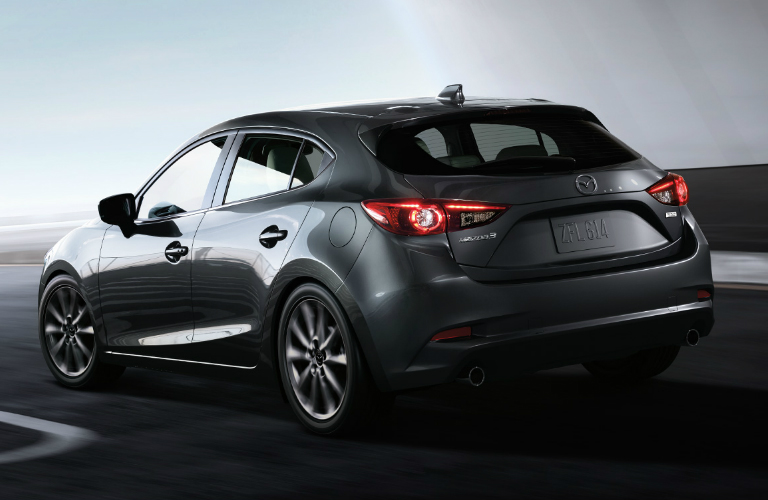 what is the fuel economy of the 2018 mazda3 hatchback. Black Bedroom Furniture Sets. Home Design Ideas