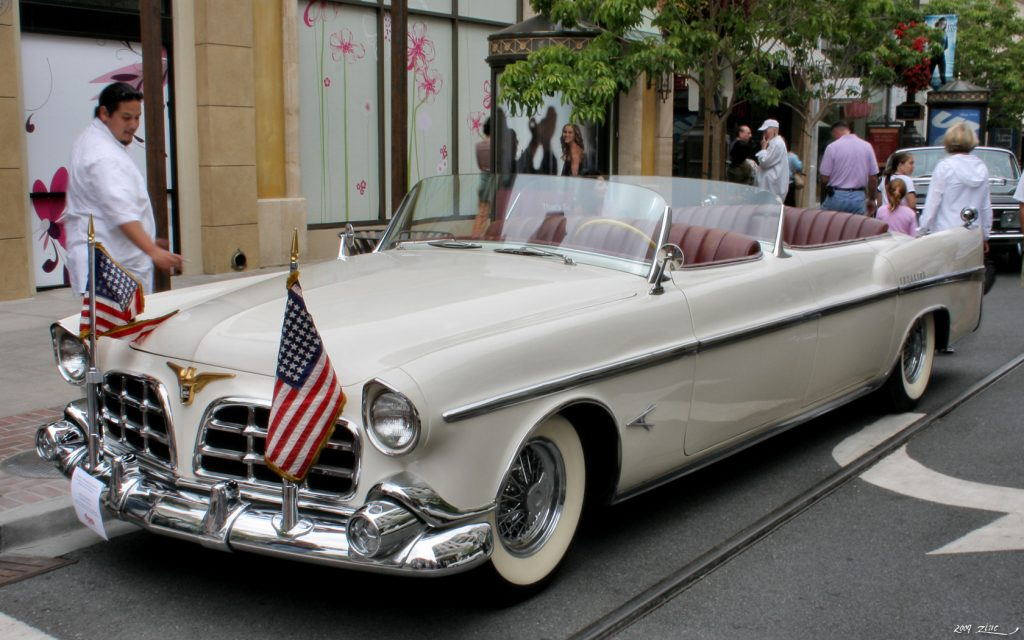 what car did Dwight D. Eisenhower drive – Chrysler Imperial