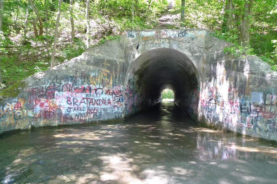 Sensabaugh Tunnel and Sensabaugh Hollow Road - TN Haunted Roads and Places