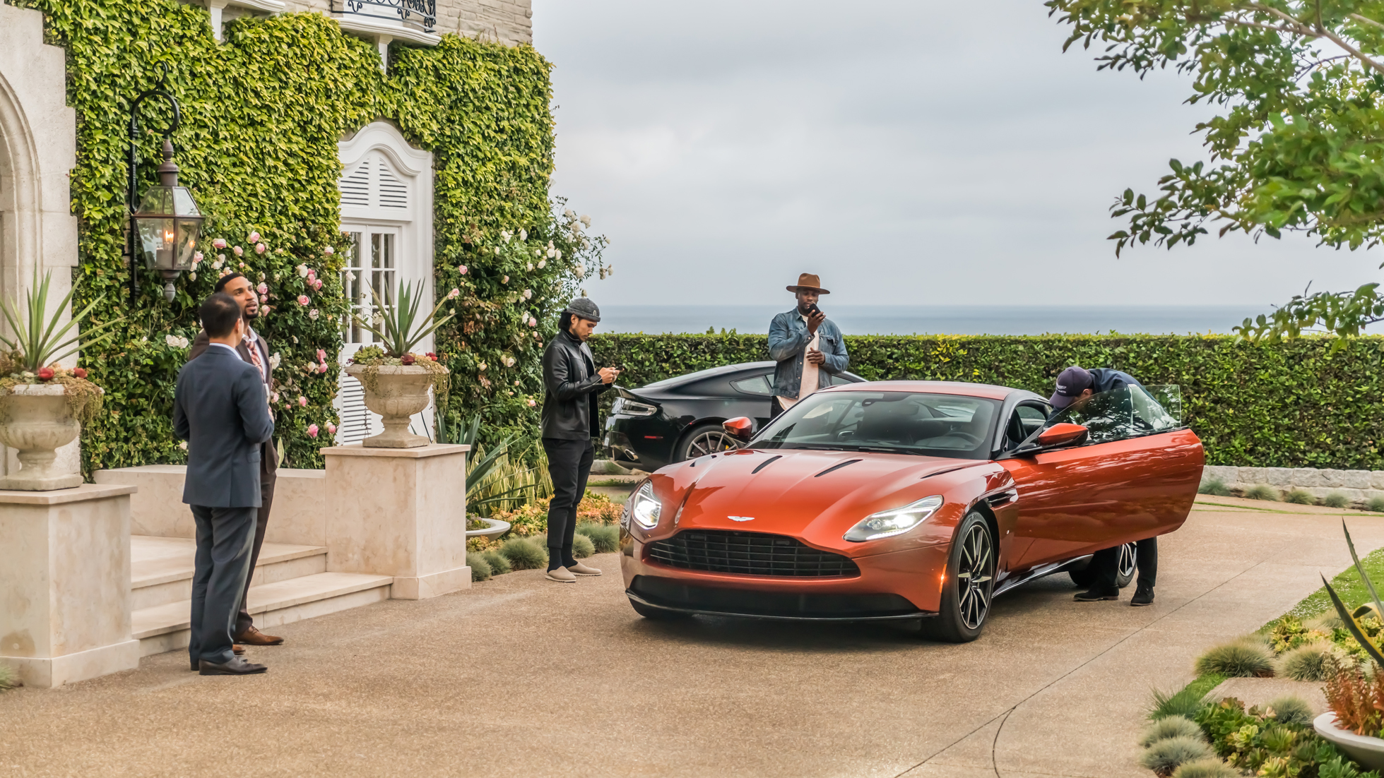 MEET THE DB11 - ASTON MARTINS ULTIMATE GT CAR