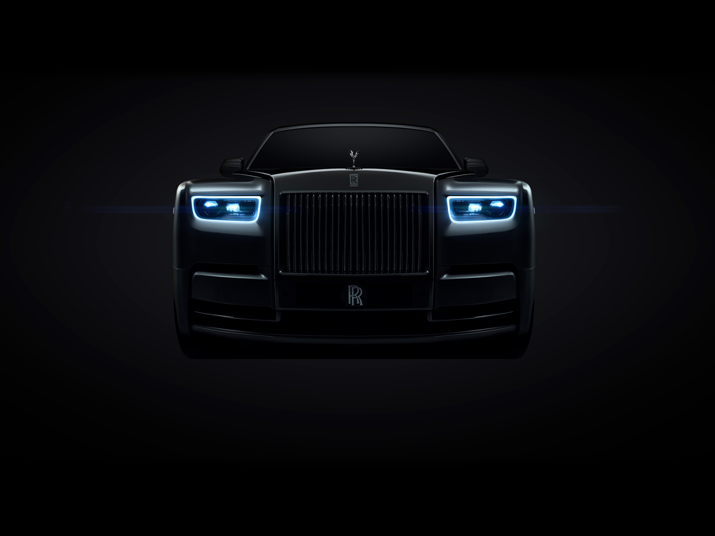 THE NEXT EVOLUTION OF AN ICON - THE ROLLS-ROYCE PHANTOM 8