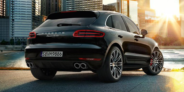 2017 Porsche Macan Turbo with Performance Package Trim_o