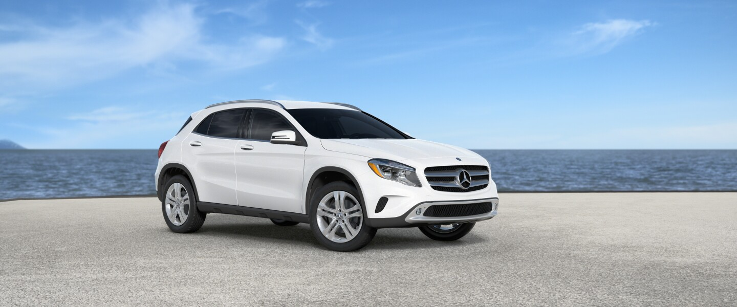 2017 Mercedes-Benz GLA in Cirrus White