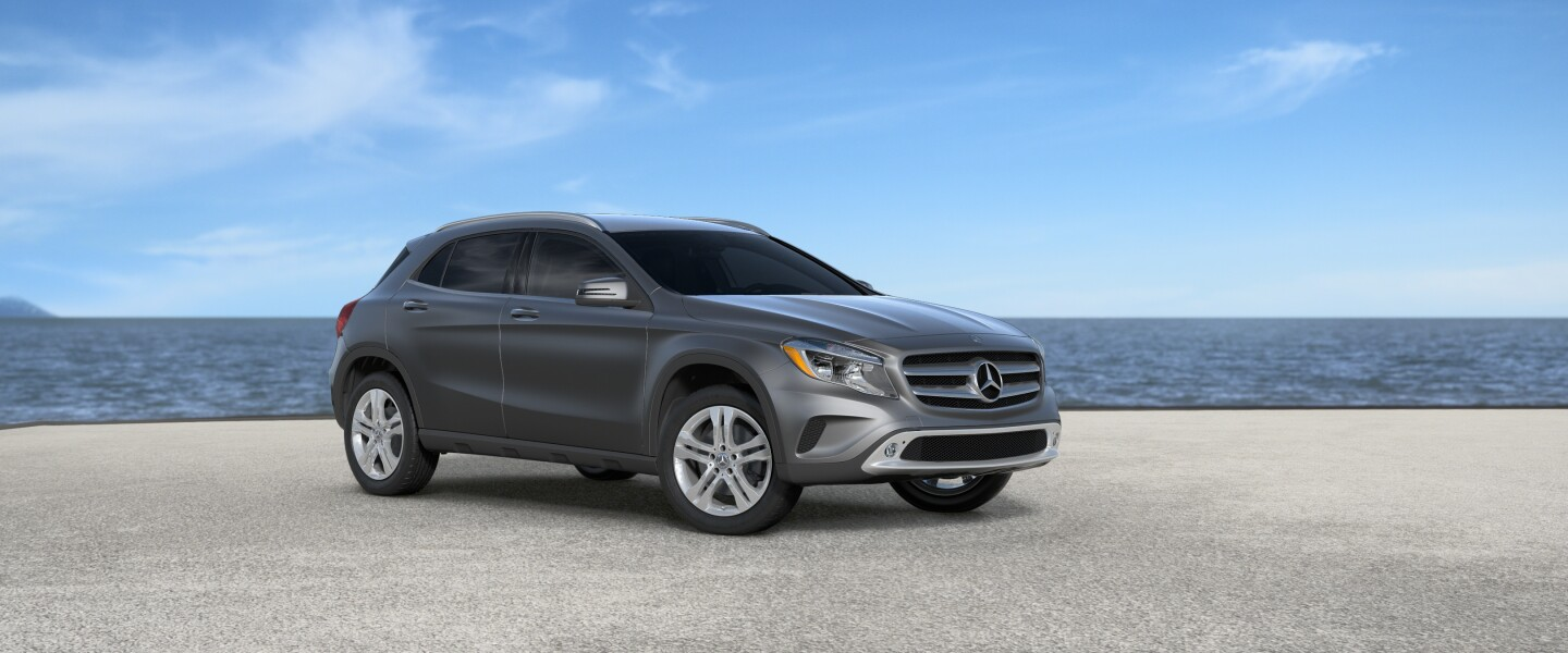 2017 Mercedes-Benz GLA in designo Mountain Grey Magno (Matte)