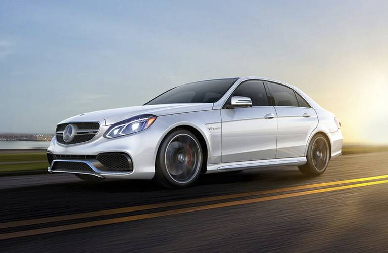 What 39 s the difference between the mercedes benz c class for Mercedes benz e class 2016 vs 2017