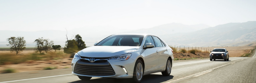 2017 camry hybrid specs and features. Black Bedroom Furniture Sets. Home Design Ideas