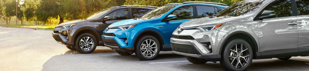 2018-toyota-rav4-tire-pressure-recommendation-cars-lined-up-in-lexington-ma_o
