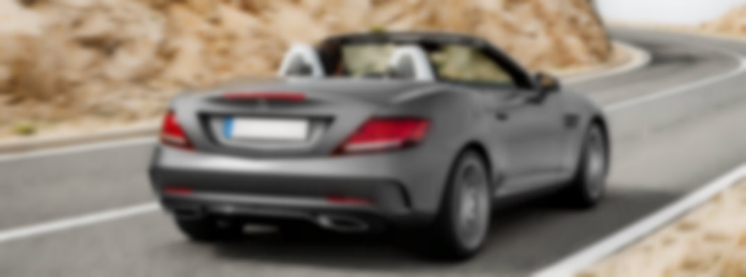 what's included with 2018 Mercedes-Benz SLC 300 RedArt Edition