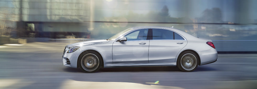 Safety and Tech Features of the 2018 Mercedes-Benz S-Class Sedan_o