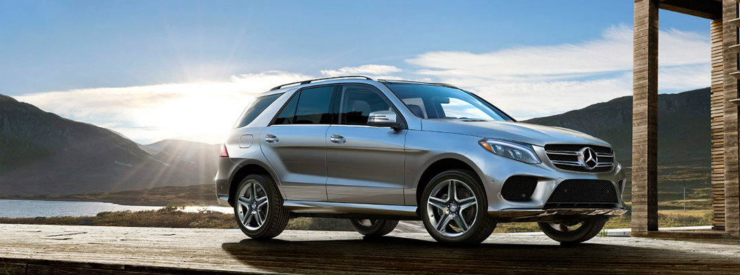 2017 Mercedes-Benz GLE available interior tech features
