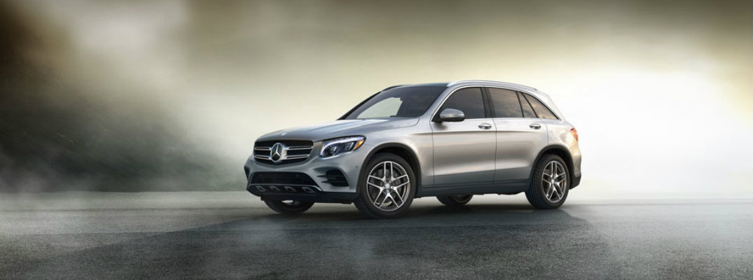 2017 motor trend suv of the year goes to mercedes benz glc. Black Bedroom Furniture Sets. Home Design Ideas
