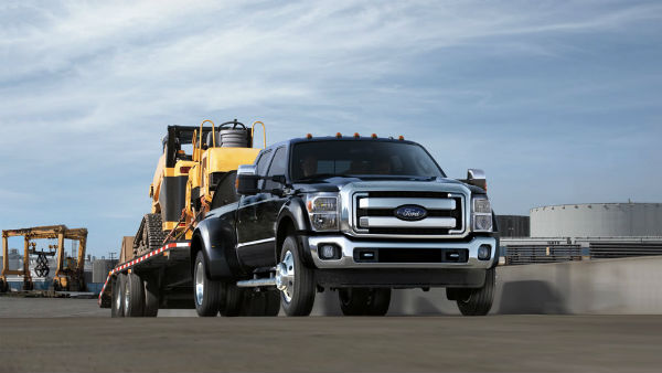 2016 ford f 250 super duty delivers maximum towing power. Black Bedroom Furniture Sets. Home Design Ideas