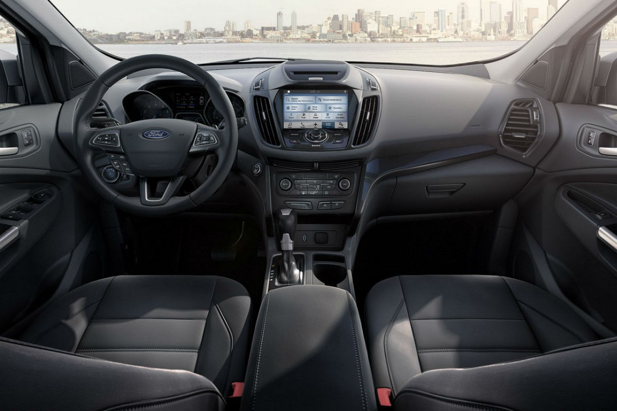Front Interior view of 2017 Ford Escape