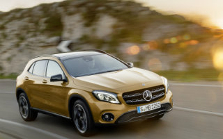 A new year with a new mercedes benz look and new features for Mercedes benz gla release date