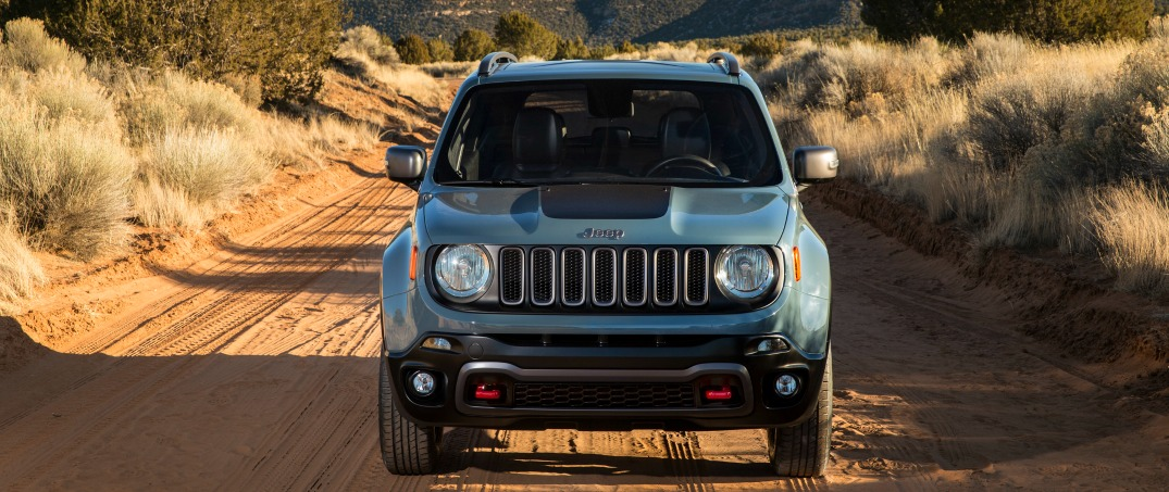 2015 jeep renegade front view