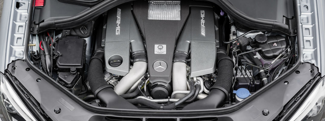 What is the difference between biturbo and twin turbo?