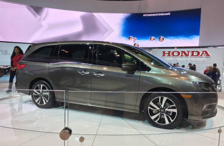 2018 Honda Odyssey display at the 2017 Chicago Auto Show