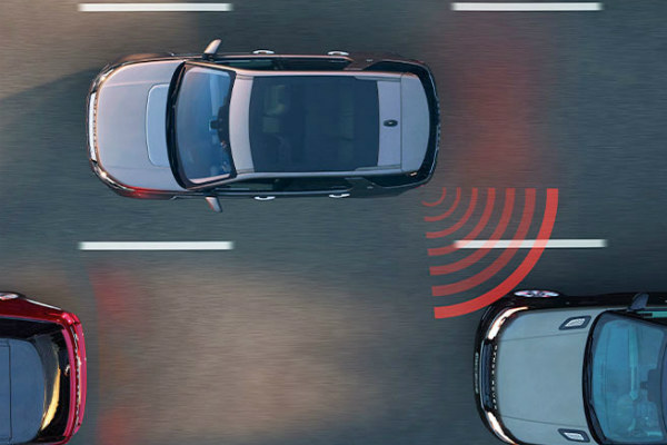 Advanced Safety Features in the 2017 Land Rover Discovery Sport