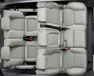 how much room is inside the 2017 land rover discovery sport?