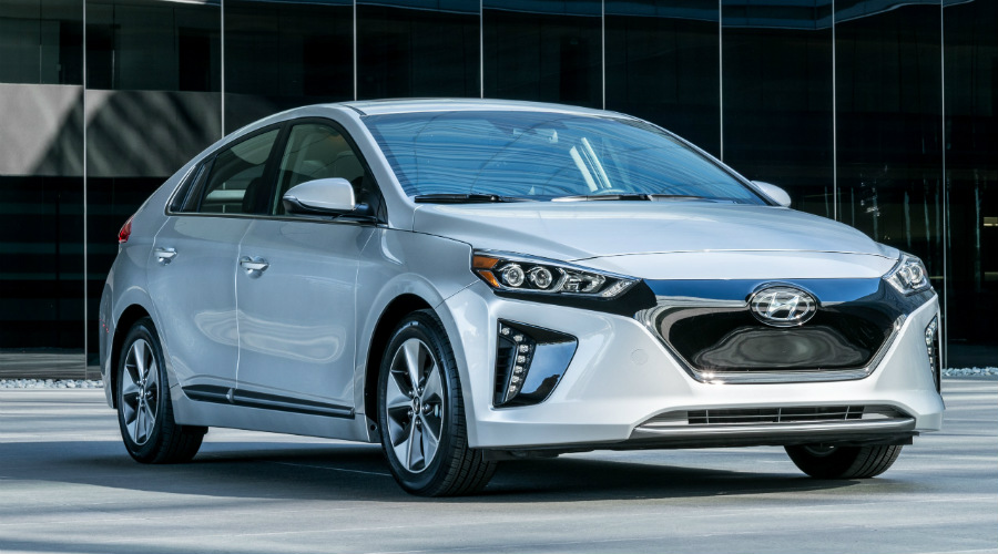 Front view of the 2017 Hyundai Ioniq Electric