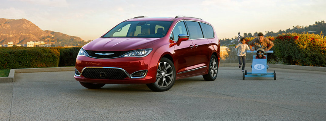2017 chrysler pacifica cargo volume and seating capacity. Black Bedroom Furniture Sets. Home Design Ideas