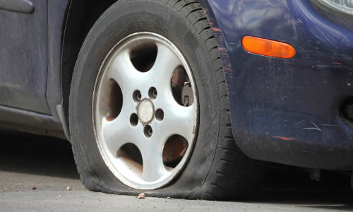 2004 chrysler town and country spare tire removal
