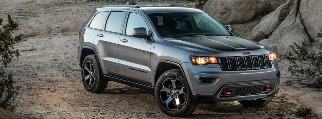 2017 Jeep Grand Cherokee cargo volume and towing capacity