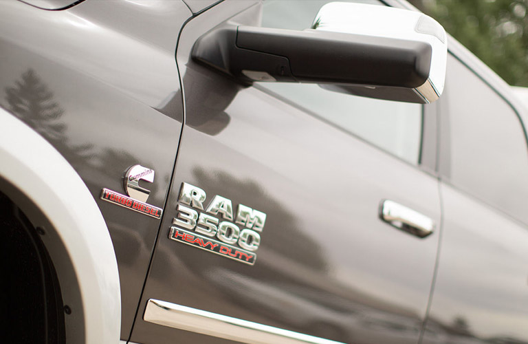 2017 ram 3500 towing capacity and engine options. Black Bedroom Furniture Sets. Home Design Ideas
