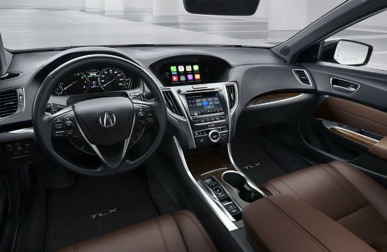 Does the Acura TLX have Apple CarPlay?
