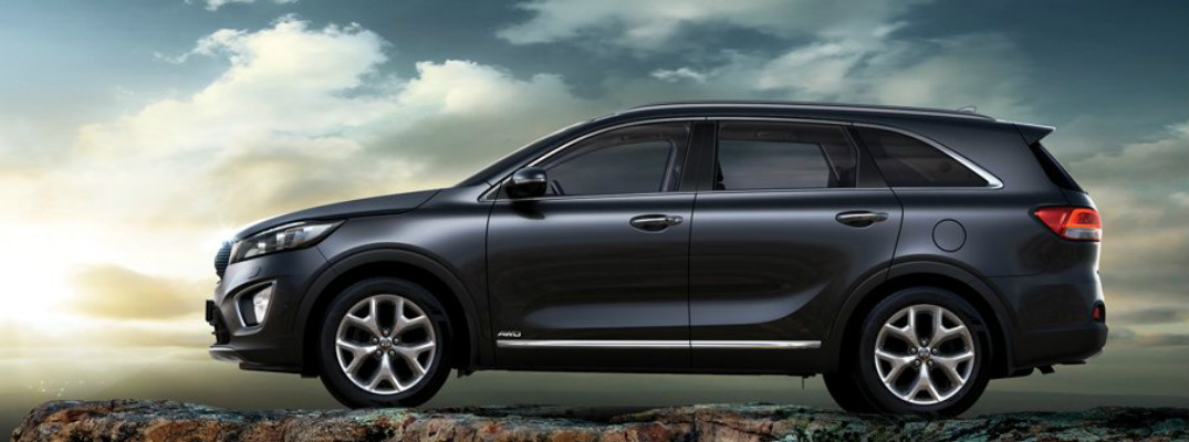 What engines are available in the 2017 Kia Sorento?