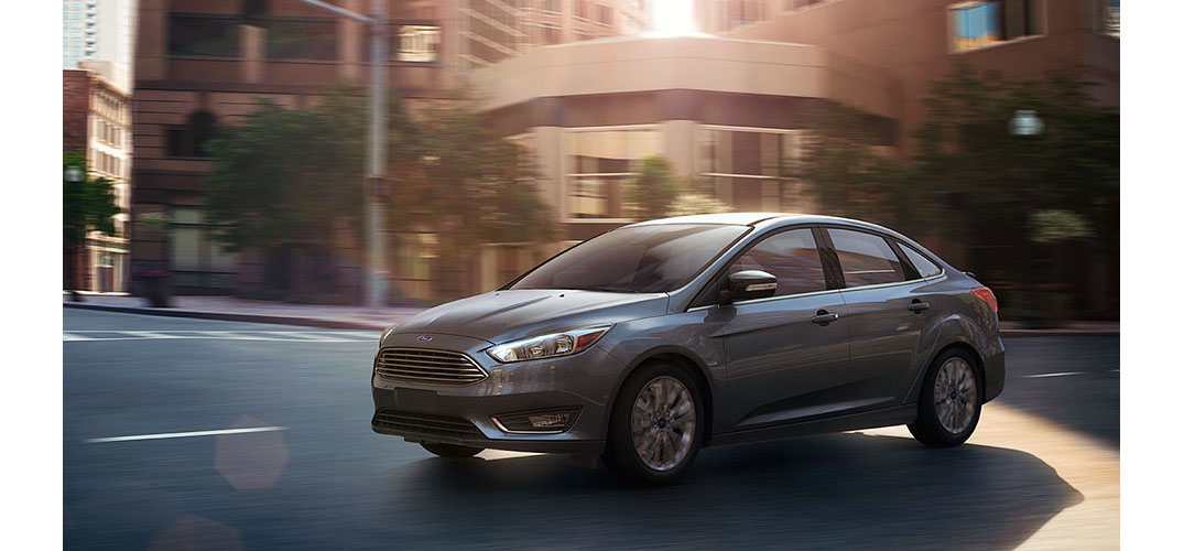 2015 ford focus titanium sedan features chicago il. Black Bedroom Furniture Sets. Home Design Ideas
