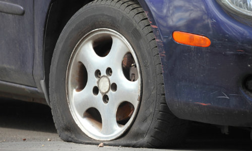 How To Change A Flat Tire In Ford Vehiclerhkovatchford: Ford Edge Spare Tire Location At Gmaili.net