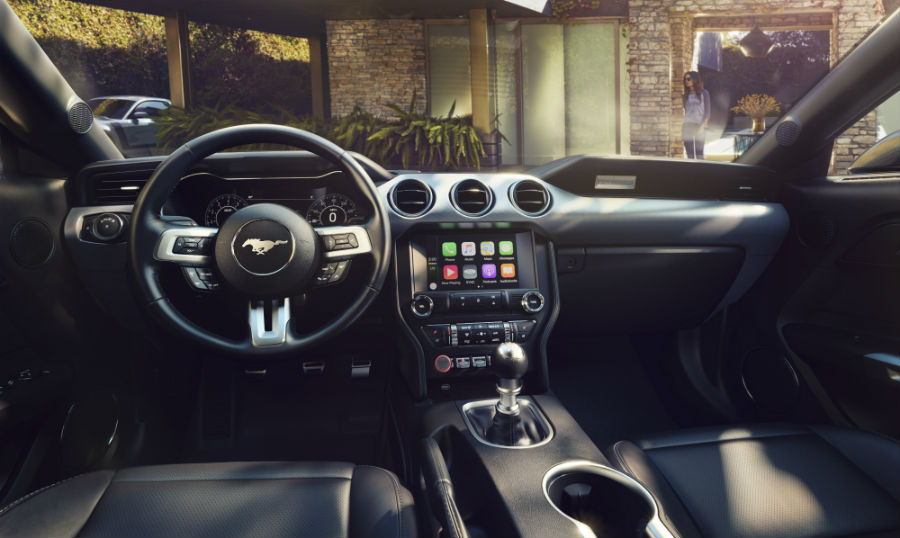New customizable technology available in 2018 Mustang