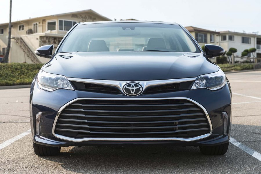 The 2017 Avalon is one of the best Toyota lease deals in Miami