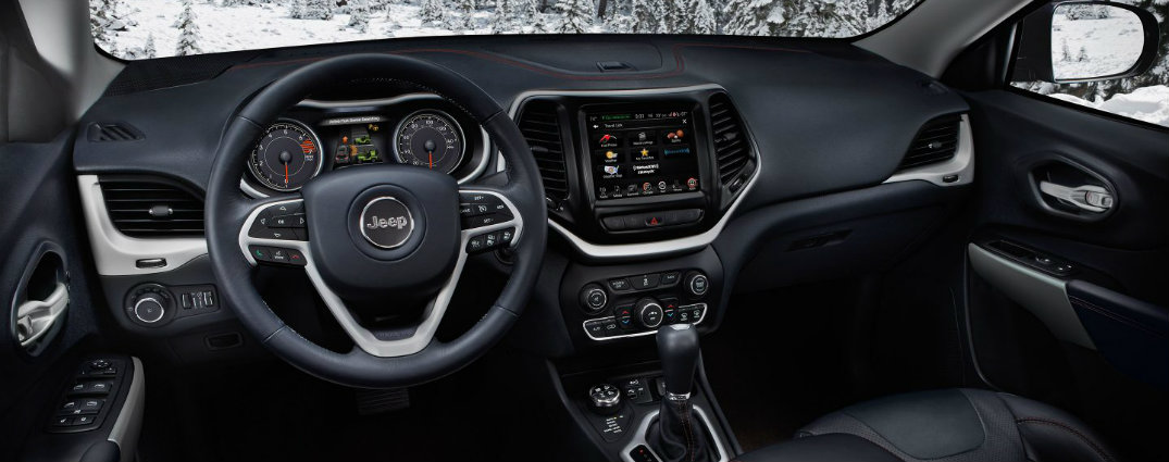 2017 jeep cherokee trailhawk leather interior uconnect hand-stitched