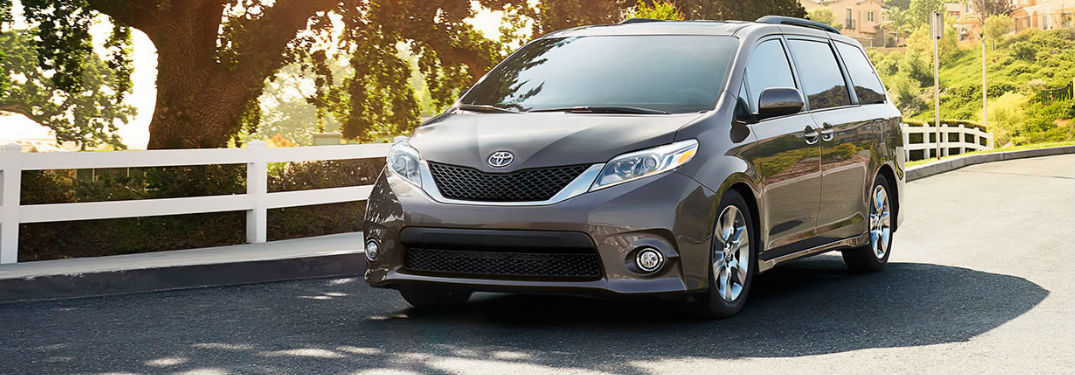 2017 Toyota Sienna Sound System and Convenience Features