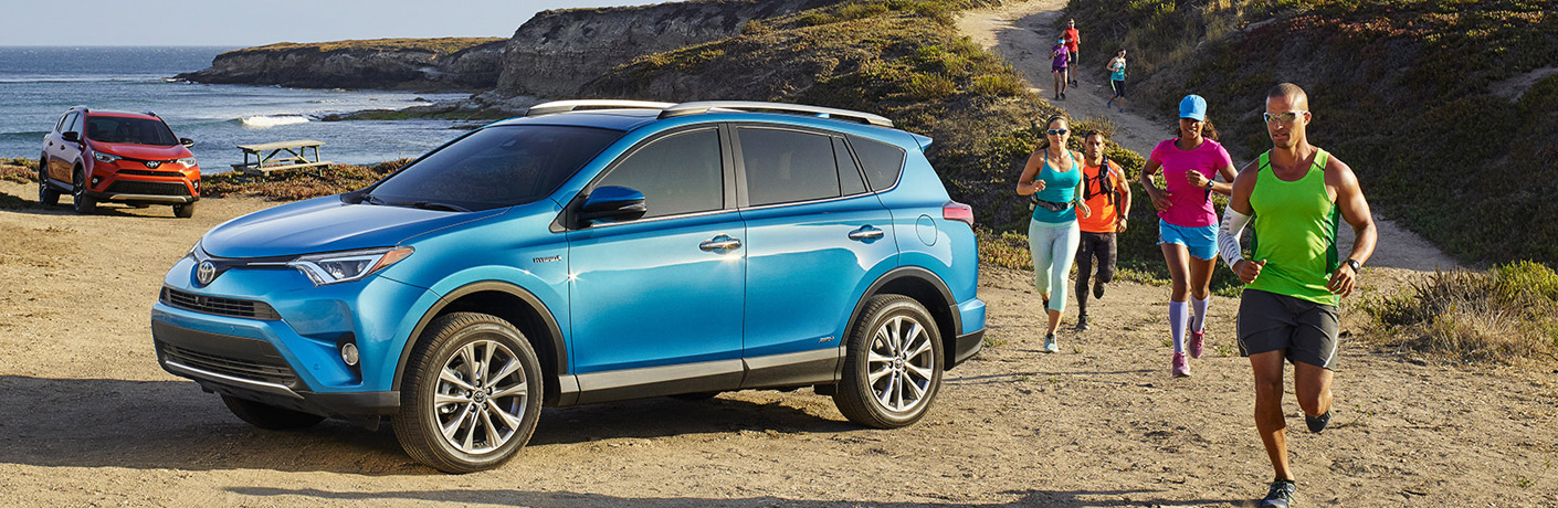 2017 Toyota RAV4 Towing Capacity and Interior Features