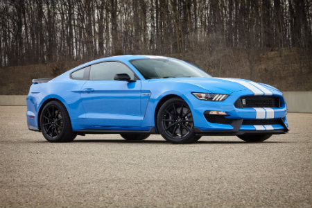 2017 Ford Shelby Mustang GT350 blue
