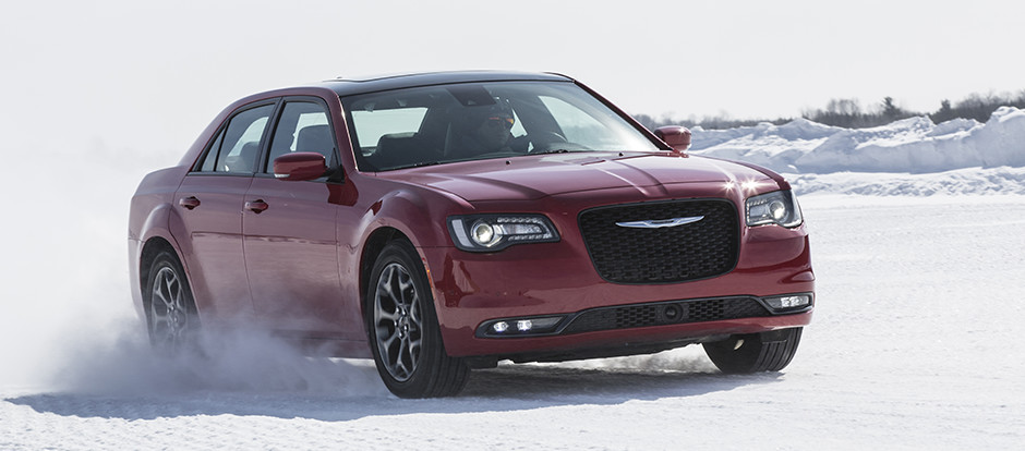 which 2017 chrysler have all wheel drive. Black Bedroom Furniture Sets. Home Design Ideas