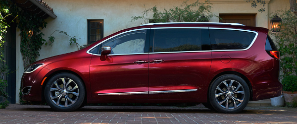 2017 chrysler pacifica safety features. Black Bedroom Furniture Sets. Home Design Ideas